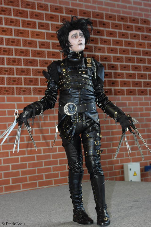 edward scissorhands cosplay. Black Bedroom Furniture Sets. Home Design Ideas